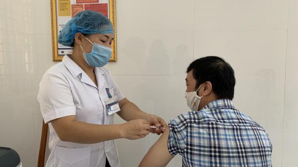 Cao Bằng: Tiêm vắc xin phòng Covid-19 đợt 2 cho 1.029 người
