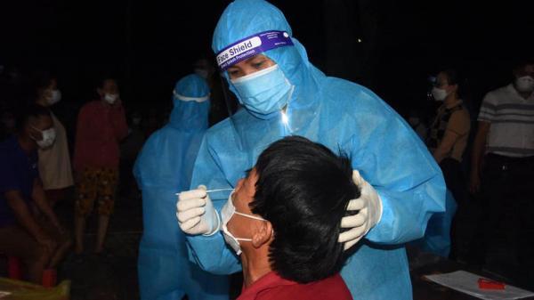 Nghệ An: 69 ca dương tính SARS-CoV-2 mới, trong đó có 2 sinh viên không rõ nguồn lây