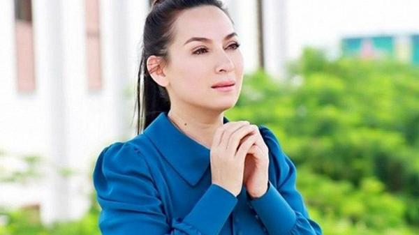 Bác sĩ tiết lộ sức khỏe Phi Nhung: Nhắc đến con ruột và những đứa trẻ mồ côi, Phi Nhung khóc!