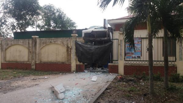 KINH HOÀNG: Cây ATM bất ngờ nổ lúc rạng sáng, thiệt hại hơn nửa tỷ đồng