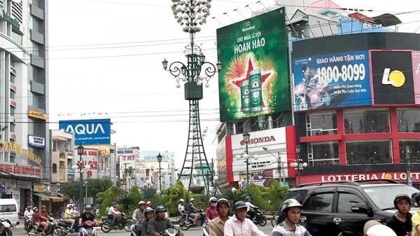 An Giang: Đèn 4 ngọn được thay đổi diện mạo đón Tết Nguyên đán 2018