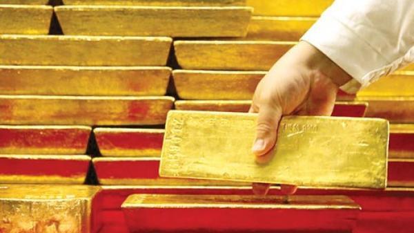 Giá vàng ngày 22/2: Vàng rơi thảm hại đầu năm mới