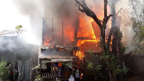 Miền Tây: Cháy lớn thiêu rụi 4 căn nhà liền kề trong ngày 8/3