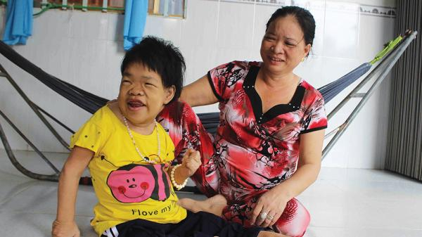 An Giang: Cô gái 34 năm sống cuộc đời thực vật chỉ có đau khổ và bệnh tật