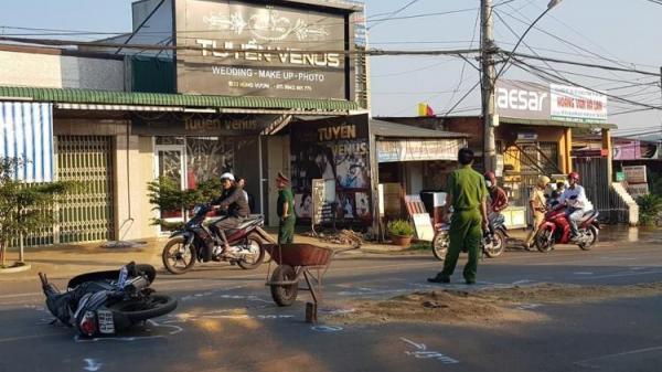Va chạm giao thông ngã xuống đường, trung úy quân đội bất ngờ bị ô tô phía sau cán t.ử v.ong, tài xế bỏ trốn
