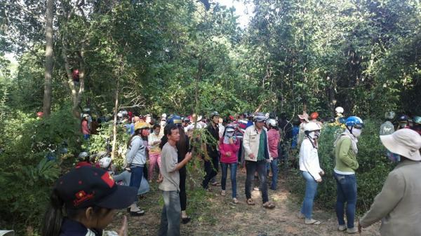 Sau cuộc nhậu, ba thanh niên thay nhau hiếp dâm tập thể thiếu nữ trong rừng