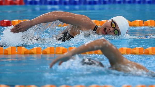 Bơi ngược dòng tất cả đối thủ, Ánh Viên có HCV thứ 5