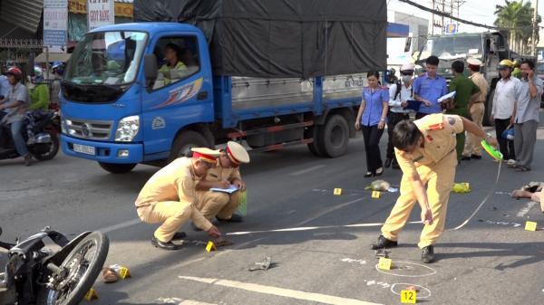 An Giang: Cận cảnh hiện trường vụ tai nạn ngh.iêm tr.ọng khiến 2 vợ chồng t.ử v.ong tại chỗ