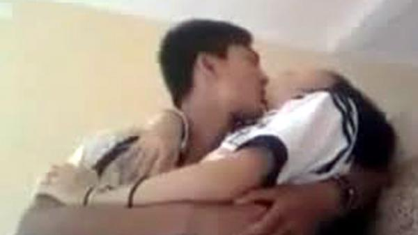 Miền Tây: Bắt 2 anh em ruột nhiều lần c.ưỡng bức cháu gái ruột 14 tuổi