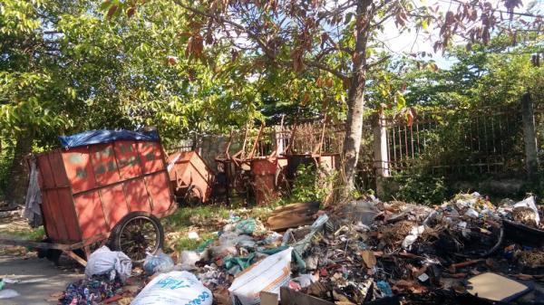 Hôi thối nồng nặc tại điểm tập kết và đốt rác ở quận Cái Răng – TP. Cần Thơ