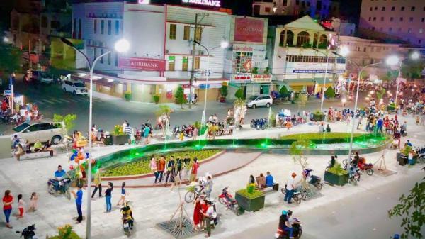 An Giang: Chuẩn bị nâng cấp, cải tạo công viên thành phố đi bộ Nguyễn Huệ hoành tráng hơn