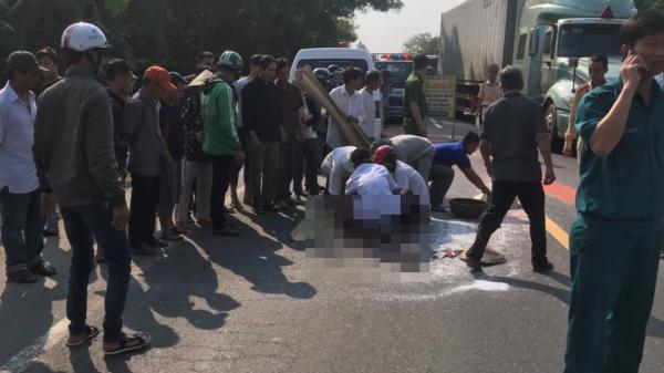 Đi bộ sang đường, người phụ nữ bị xe khách tông t.ử v.ong thương tâm