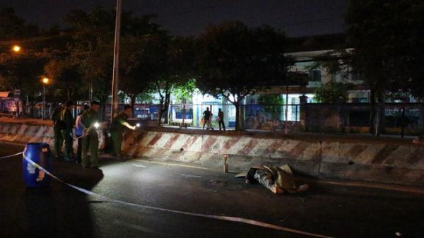 Người đàn ông nằm ch.ết bất thường trên đường sau tiếng động lớn