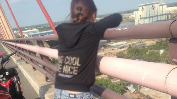 Thiếu nữ 18 tuổi Đồng Tháp bắt xe ôm lên cầu Cần Thơ bất ngờ nhảy xuống sông t.ự t.ử