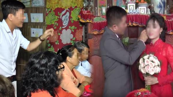 Nhà gái bị đòi sính lễ đúng ngày rước dâu, người nhà trai tiết lộ lý do hủy hôn khiến ai cũng sốc?