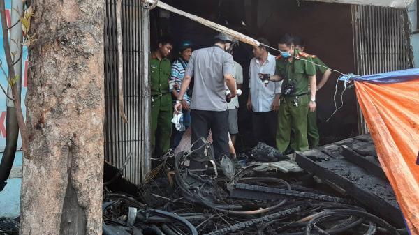 Hàng xóm bất lực nhìn 3 người ch.ết cháy trong căn nhà khóa trái: Tiếng kêu cứu thảm thiết rồi lịm dần