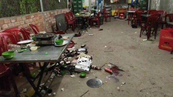 Thanh niên bị chém toác đầu vì mời bia không uống