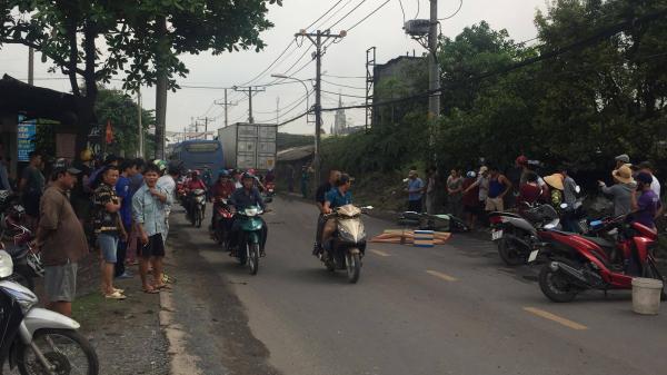 Xe buýt nghi chạy sai lộ trình cán chết người đàn ông ở Sài Gòn
