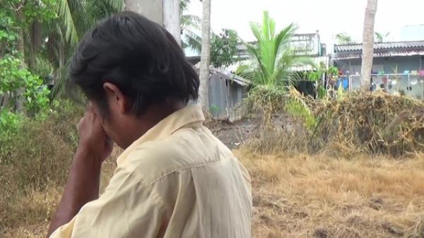 Bạc Liêu: Người đàn ông khóc nghẹn khi được tặng nhà nhân ái