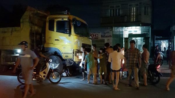 Xe ben lao qua đường tông liên tiếp xe máy, cô gái Đồng Tháp 19 tuổi ch.ết oan