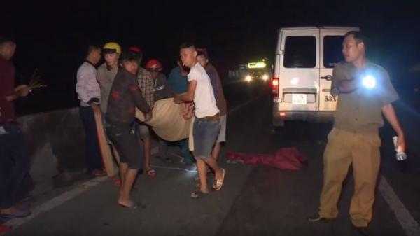 Vĩnh Long: Ô tô 16 chỗ tông thiếu niên chạy xe máy tử vong