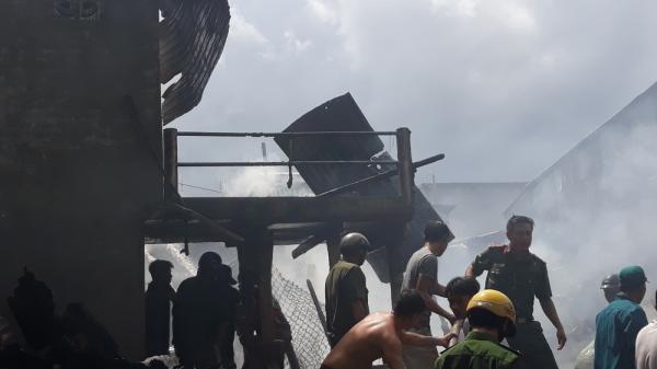 Hỏa hoạn thiêu rụi 5 căn nhà hộ nghèo ở huyện biên giới An Giang
