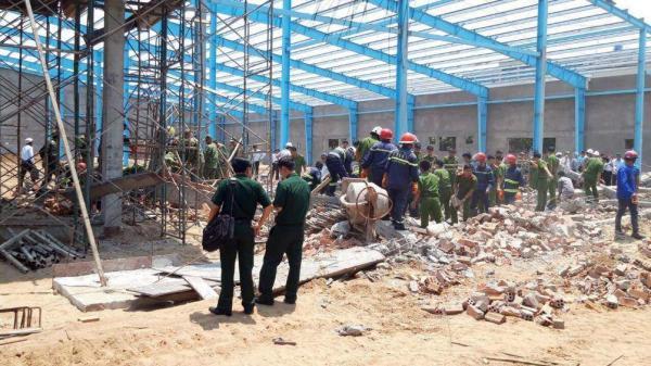 Vĩnh Long: Nguyên nhân chính thức gây sập bức tường khiến 7 người ch ết