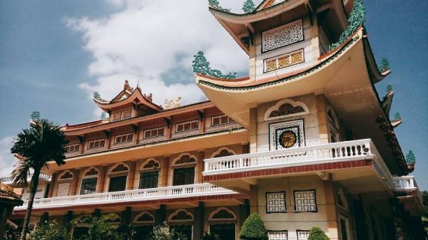 Về vùng đất 7 núi An Giang nhớ ghé Thiền viện Đông Lai
