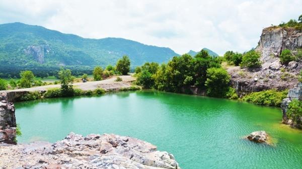 Hồ Tà Pạ (An Giang): 'Tuyệt tình cốc' của miền Tây thu hút phượt thủ vào mùa thu
