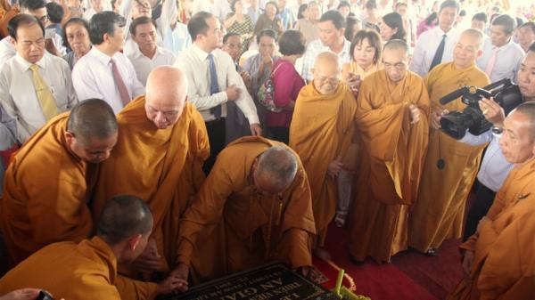 Lễ đặt đá xây dựng Thiền viện Trúc Lâm An Giang