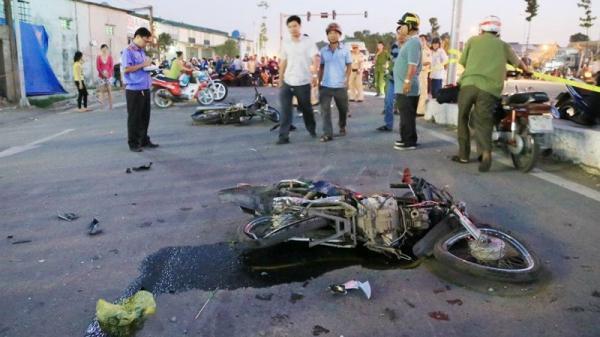 Bức xúc vì không khởi tố vụ xe khách cán chết 2 cháu bé