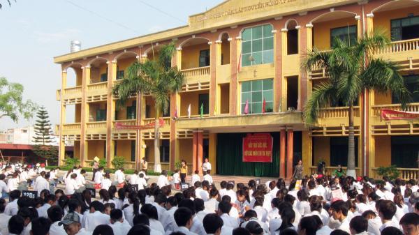 Bắc Giang: Chuyển Trường THPT Dân lập Nguyên Hồng sang loại hình tư thục
