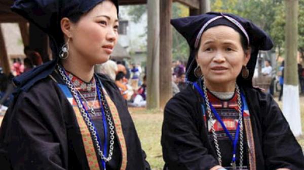 """Rợn người với hủ tục """"cúng"""" người sống của dân tộc Nùng ở Bắc Giang"""