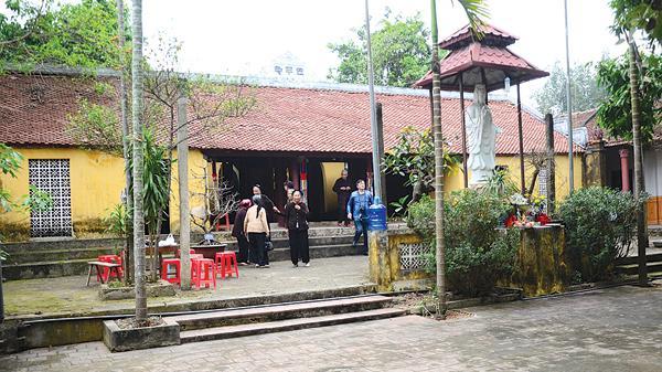 Về Bắc Giang tới thăm ngôi chùa vô cùng đặc biệt, ngôi chùa không có sư