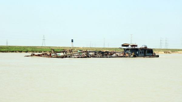 Tiếng than từ dòng sông Lục Nam ở Bắc Giang