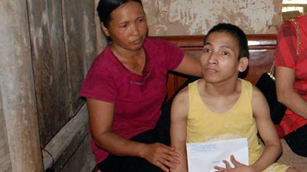 Rơi nước mắt chuyện người đàn bà khắc khổ chăm chồng thần kinh, con tật nguyền ở Bắc Giang
