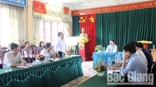 Phó Chủ tịch UBND tỉnh Lê Ánh Dương kiểm tra công tác thu, chi tài chính trong trường học tại Lạng Giang