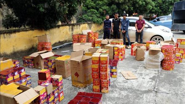 Bắt giữ đối tượng Bắc Giang buôn bán hơn 800 kg pháo nổ