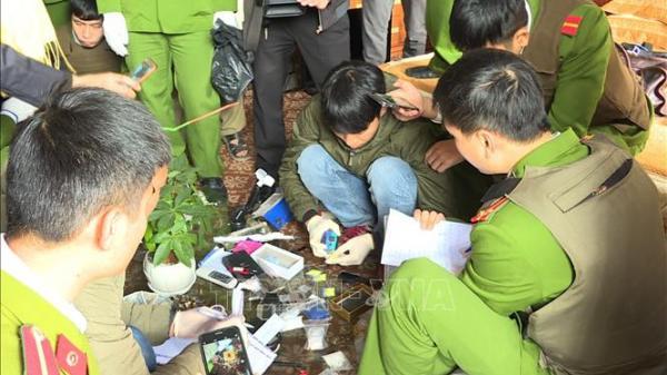 Hưng Yên: Tr.iệt p.há tụ điểm bán m.a t.úy, thu giữ 1.000 viên m.a t.úy tổng hợp