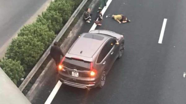Công an từng nhắc nhở người đàn ông đi bộ qua đường cao tốc bị xe 7 chỗ tô.ng t.ử v.ong