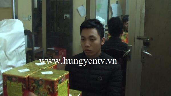 Tiên Lữ (Hưng Yên): Tr.iệt ph.á chuyên án buôn bán hàng cấm, thu giữ 20 hộp pháo