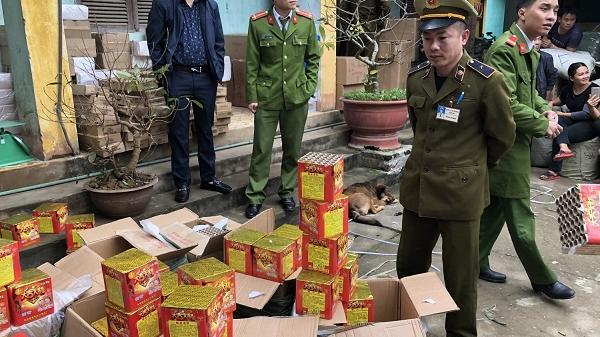 Bắt đối tượng Bắc Giang vận chuyển 200 kg pháo Trung Quốc về tiêu thụ