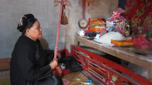 Phong tục kỳ lạ cúng người sống của dân tộc Nùng ở Bắc Giang