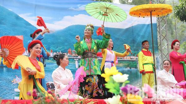 Suối Mỡ - thắng tích nổi danh ở Tây Yên Tử (Bắc Giang)