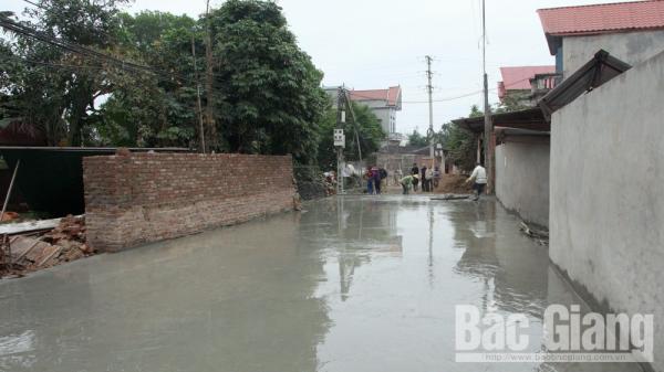 6 gia đình ở 1 thôn Bắc Giang hỗ trợ hơn 1,2 tỷ đồng làm đường giao thông