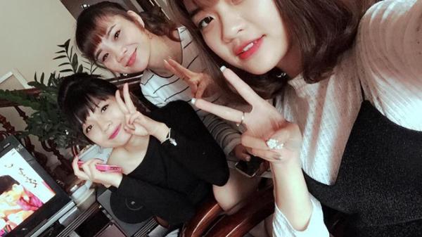 """Bà ngoại U50 ở Bắc Giang trẻ đẹp như con gái khiến ai cũng nhầm tưởng là """"chị em"""""""