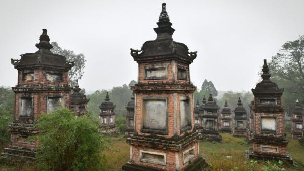 """Về Bắc Giang ngắm ngôi chùa có vườn tháp """"lớn nhất"""" Việt Nam"""