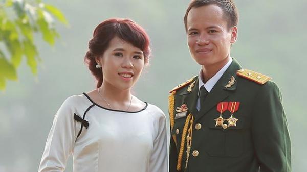 Cảm động chuyện tình lãng mạn của trung úy Bắc Kạn khiến nhiều người ghen tị