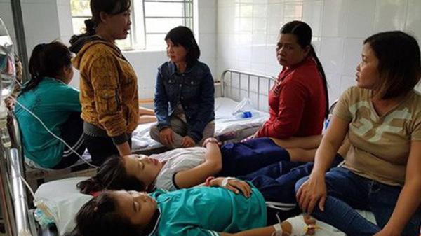 """9 học sinh Bắc Kạn """"hung dữ bất thường"""": Bệnh có nguy hiểm và chữa được không?"""