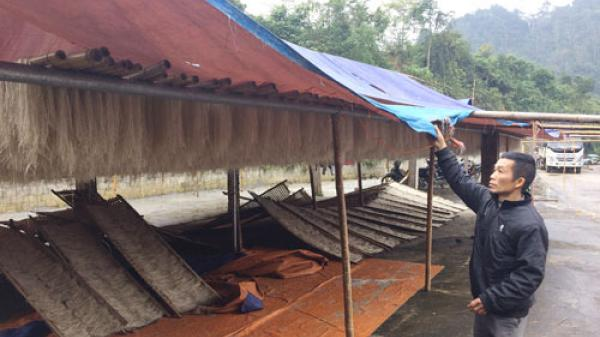 Người dân làng miến Bắc Kạn điêu đứng trong những ngày mưa rét kéo dài